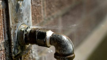 Leaky Faucet   Billy the Sunshine Plumber